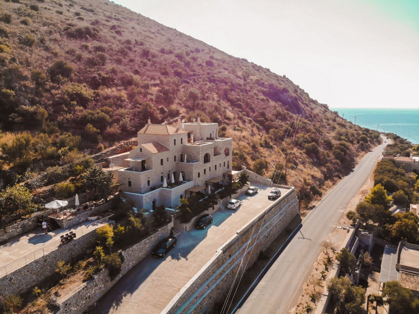 Guesthouse Plagiaki droneshot