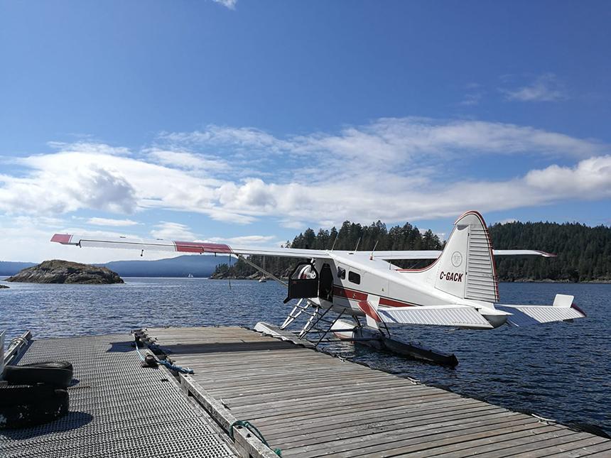 Op avontuur met een postvliegtuigje van Corilair
