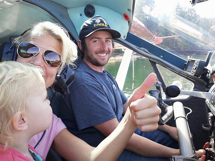 Meevliegen in het Havilland Beaver postvliegtuigje