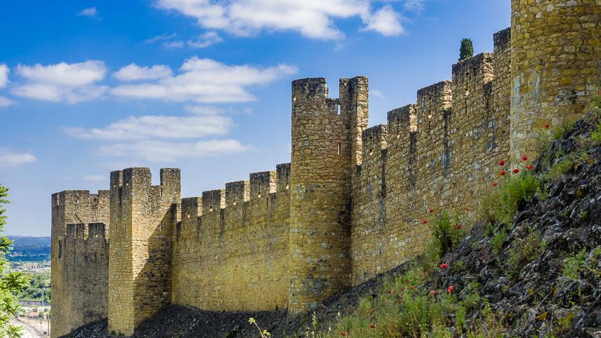 Imposante Vestingmuren - Sporen van de Tempeliers in Centro Portugal