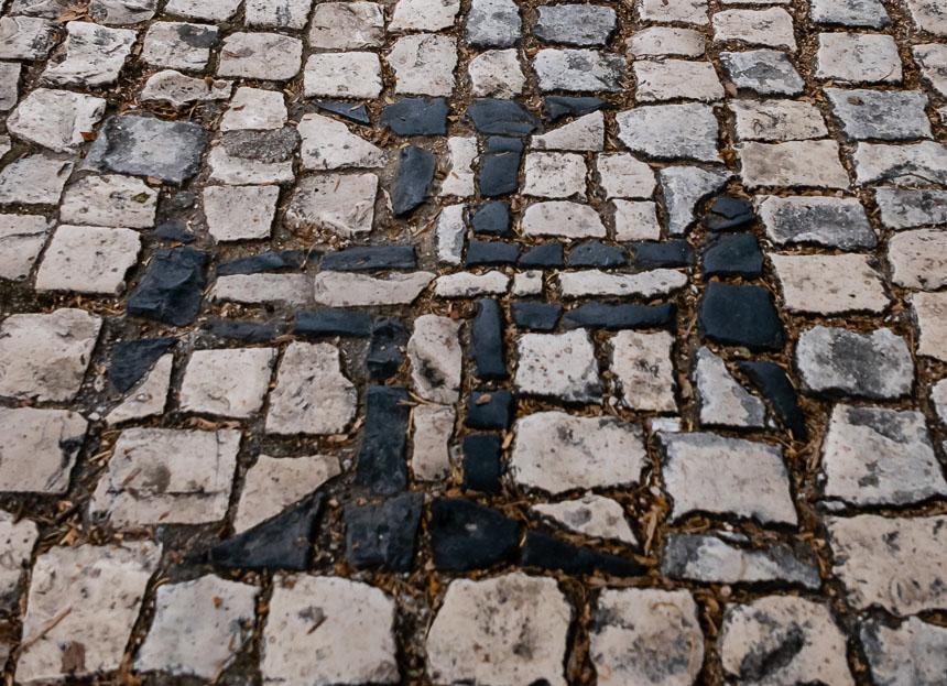 Het tempelierskruis in de straten van Tomar