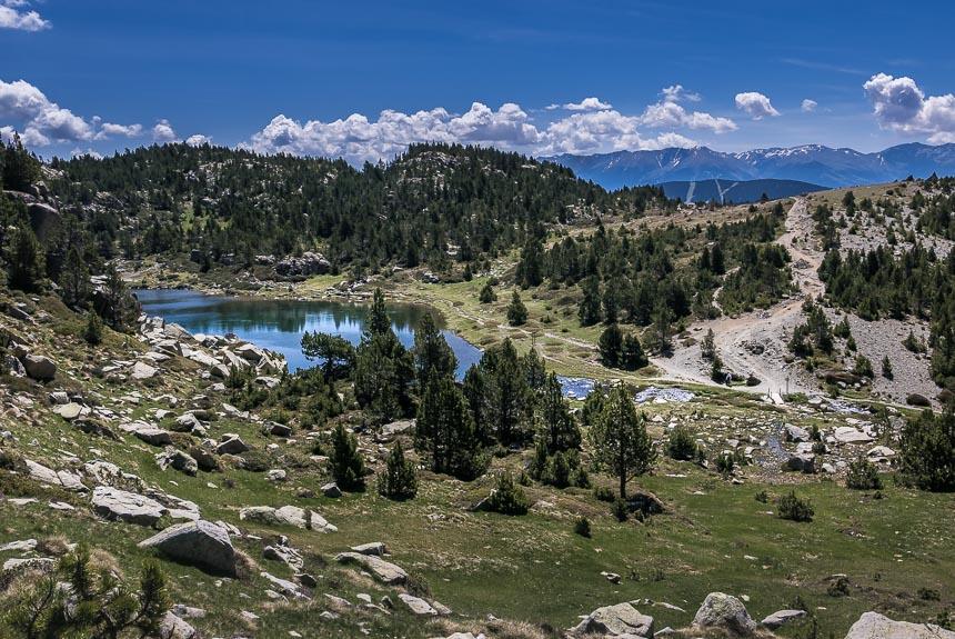 Pyrénées-Orientales hiken langs koele bergmeertjes