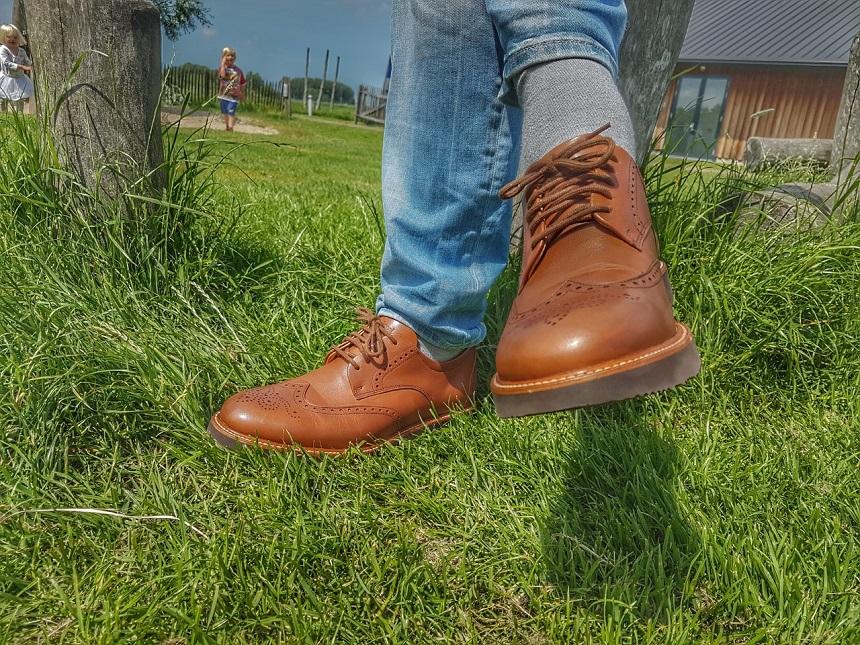 Samuel Hubbard sneakers