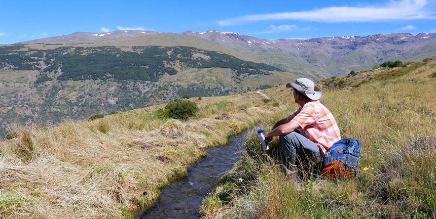 De eeuwige sneeuw op de Sierra Nevada smelt door klimaatverandering. De Moorse irrigatiekanalen zullen droogvallen.