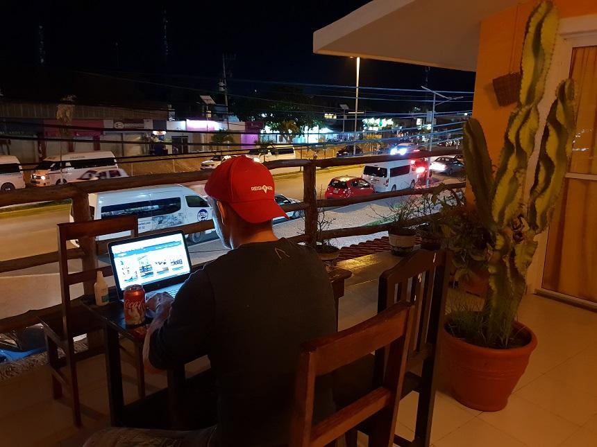 Tips voor veilig internetten op reis: aan het werk in Mexico