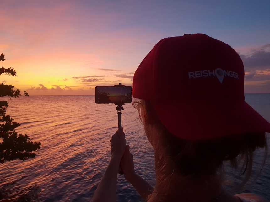 sunset keywest LG G7 selfie stick