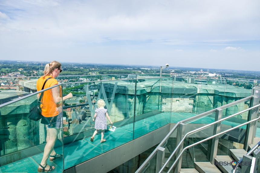 De skywalk van de Sint Romboutstoren