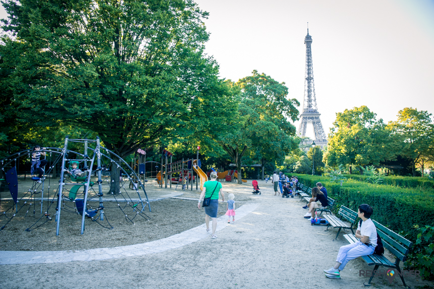 Speeltuin bij de Eiffeltoren