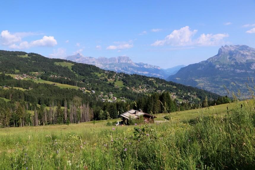 Stiekem wegdromen van een eigen chalet in de Franse Alpen