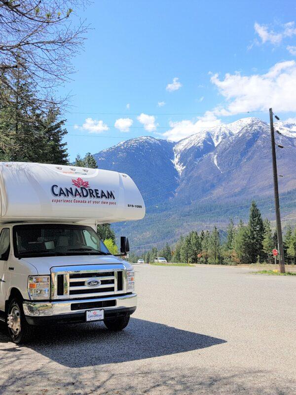 Met de Camper reizen door het prachtige landschap van Canada
