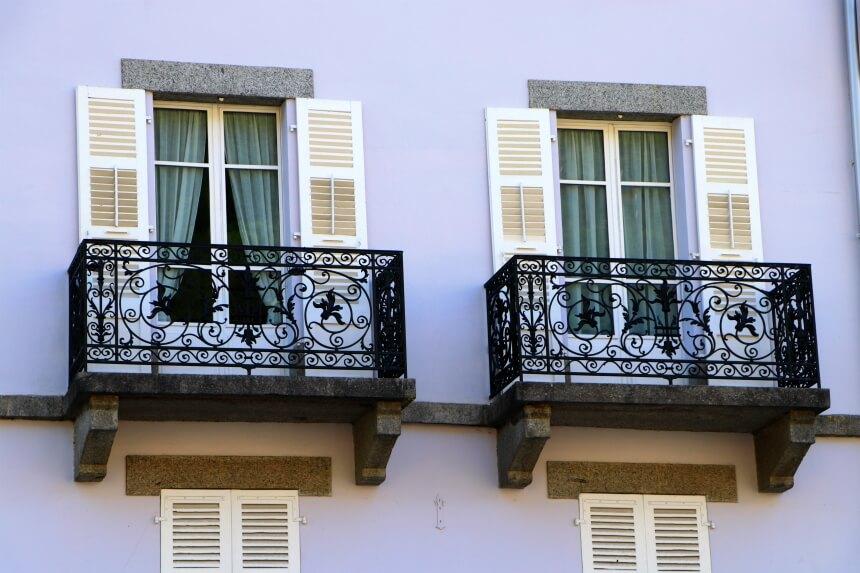 Typisch Franse balkonnetjes