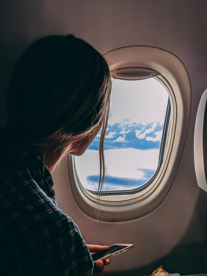 Raampje in een vliegtuig