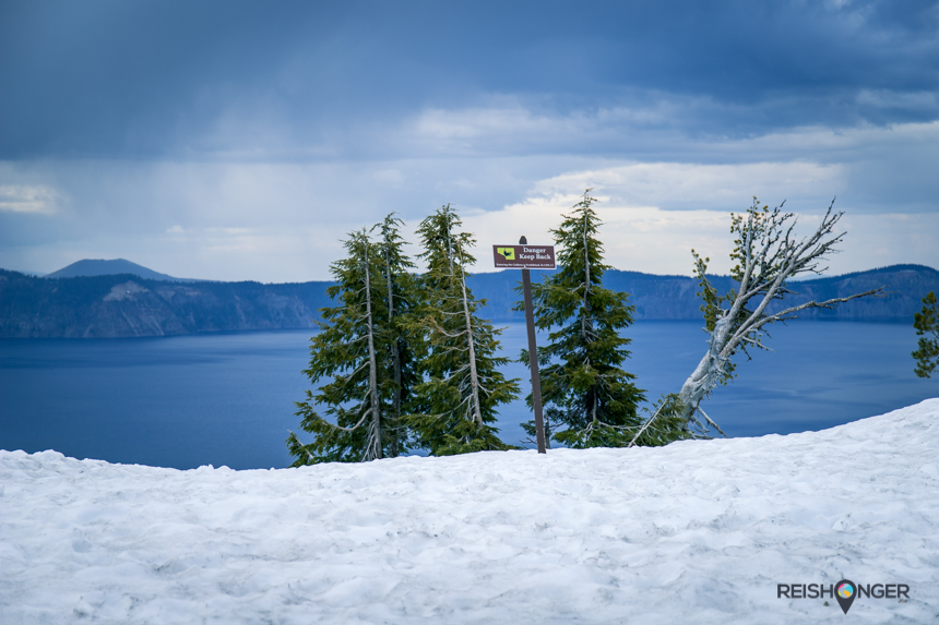 Crater Lake - Danger keep back sign