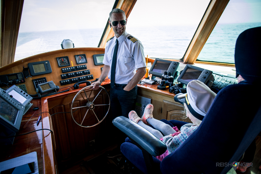 kapitein van de Amelia Rose van Sea Trips