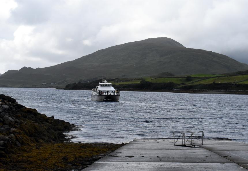 Aan boord van de catamaran van Killary Fjord Boat Tours
