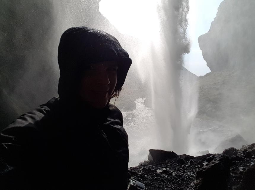 Kvernufoss waterval - een van de hidden gems IJsland