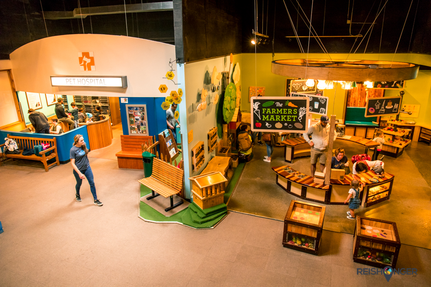 Portland Children's museum - The Farmers Market