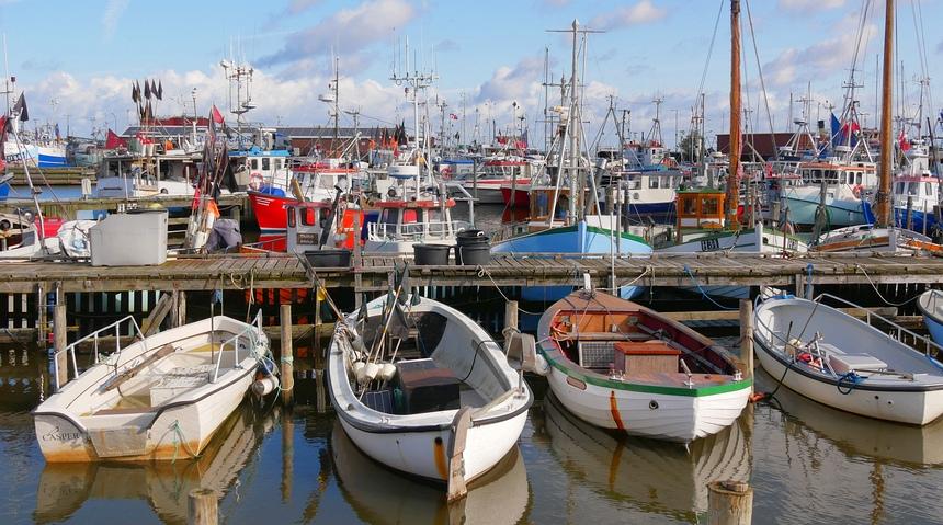 Leuke havenplaatsjes, zoals Gilleleje in het noorden.