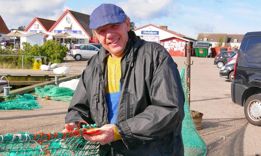 Jens is één van de weinige vissers die nog actief is.