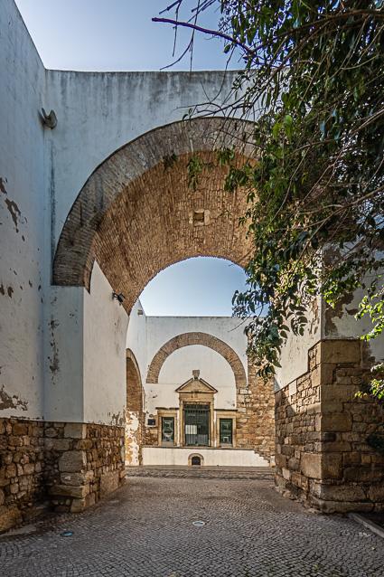 De poorten van Faro