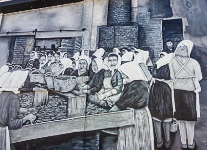 Olhao - de vrouiwen in de fabriek