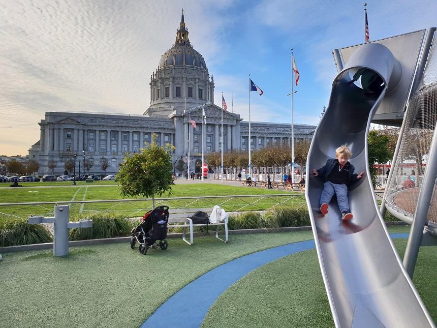 Spelen bij het Stadhuis van San Francisco