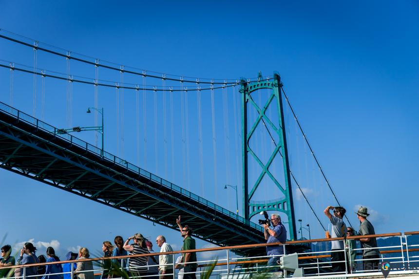 Lions Gate Bridge gezien vanaf de Nieuw Amsterdam