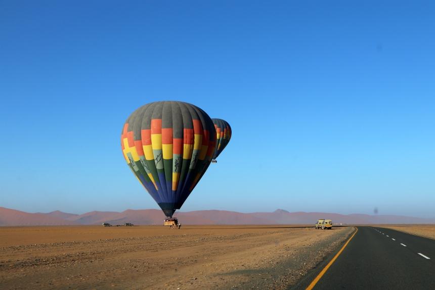 Wil je een speciale ervaring in de Namibwoestijn? Boek dan een ballonvaart over de Sossusvlei