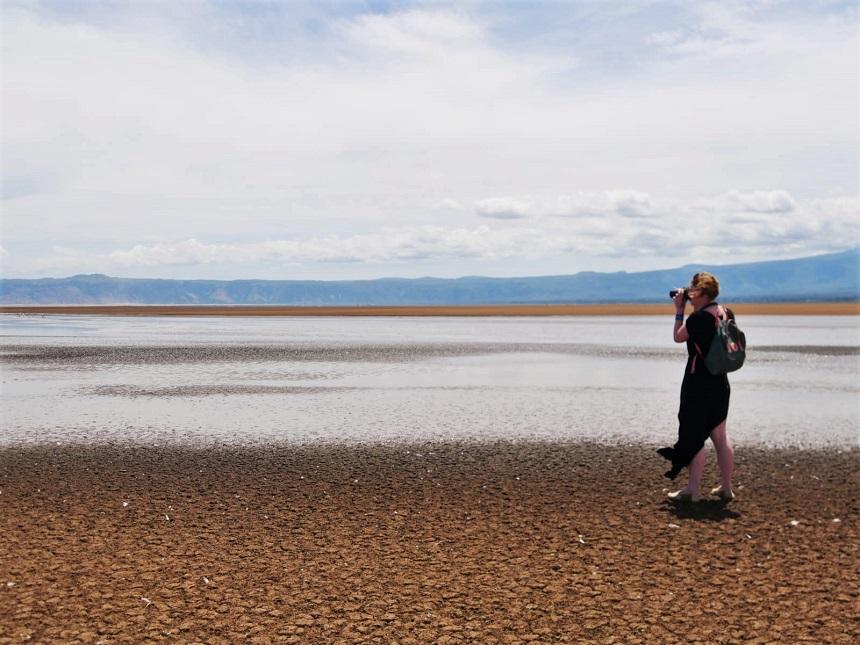Het gortdroge Lake Eyasi in Tanzania
