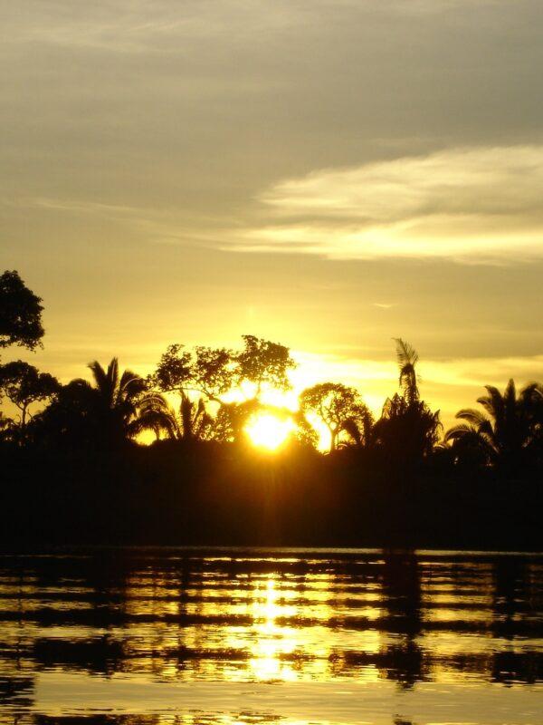 zonsondergang Amazone Brazilië