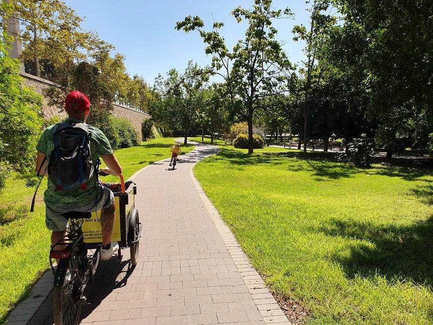 Het Turiapark is ideaal om te fietsen
