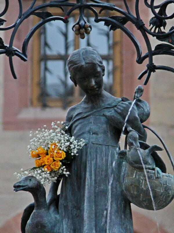 Standbeeld van Ganseliesel Göttingen