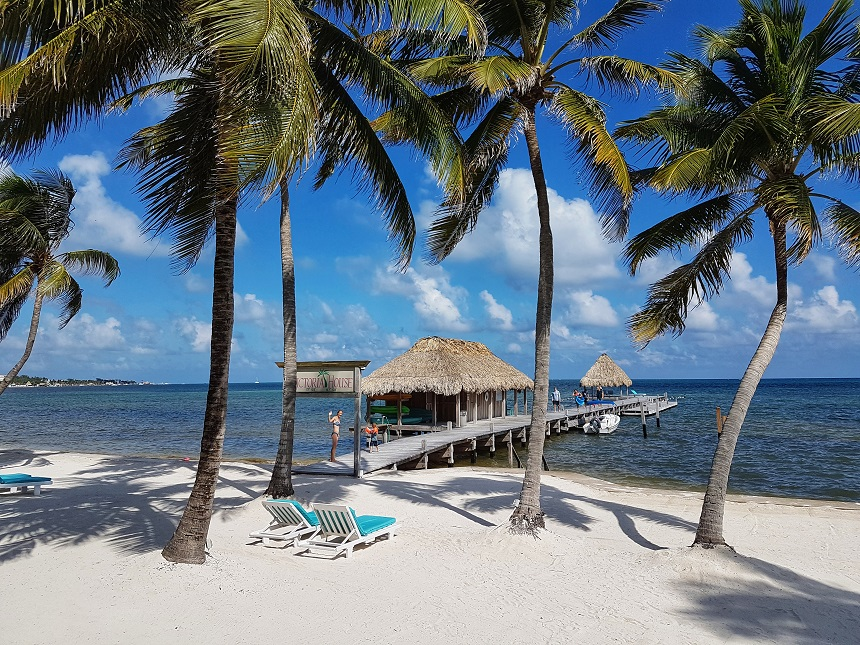 the cayes belize