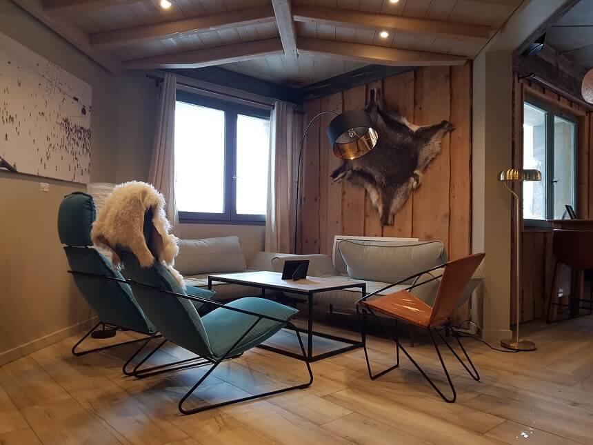 Loungen in een van de vele sfeervolle skihutten
