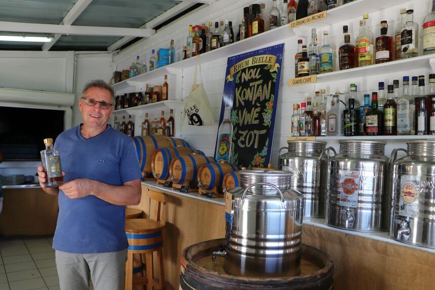 Bezoek een rumfabriek op Guadeloupe