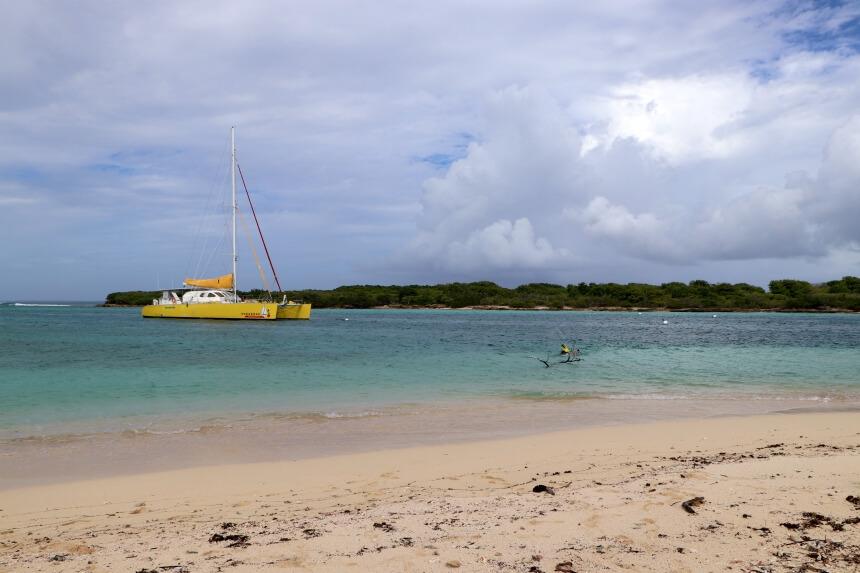 Met een catamaran naar het onbewoonde eiland Petite Terre