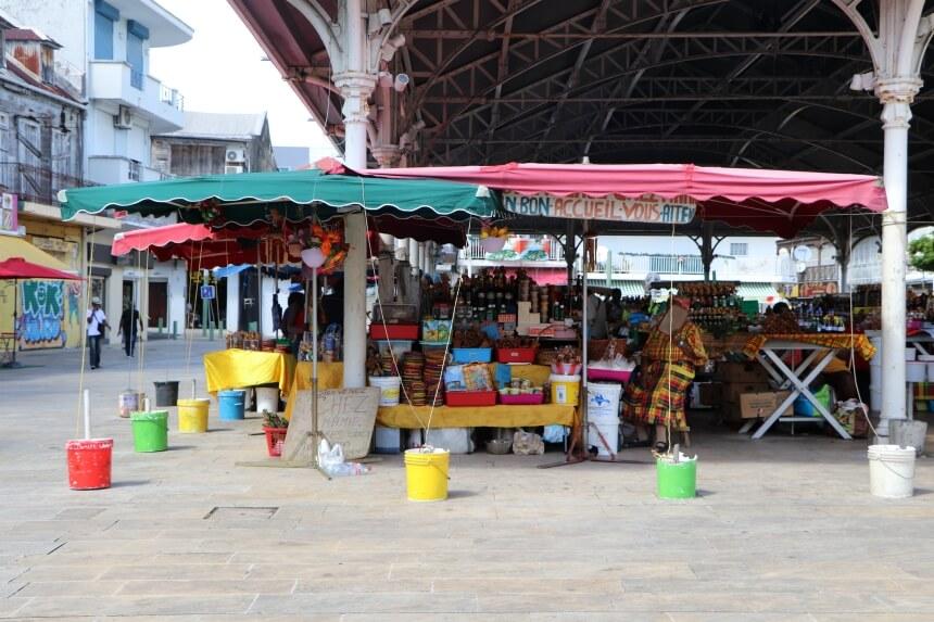 De specerijenmarkt van Pointe-a-Pitre