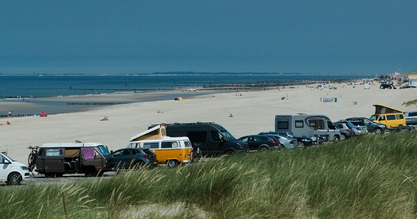 Campers langs de Zeeuwse kust