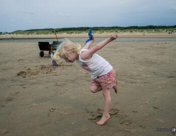 Familiepret aan zee in Zeeuws-Vlaanderen