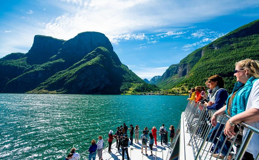 Cruise op de Sognefjord - Photo credit: Sverre Hjørnevik