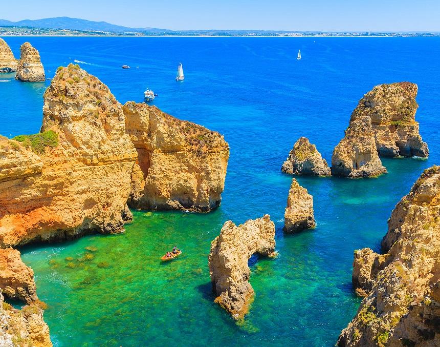 Ponta da Piedade - Credits Algarve Tourism Bureau