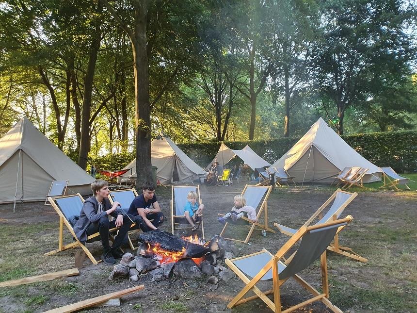 kampvuur tijdloos camping