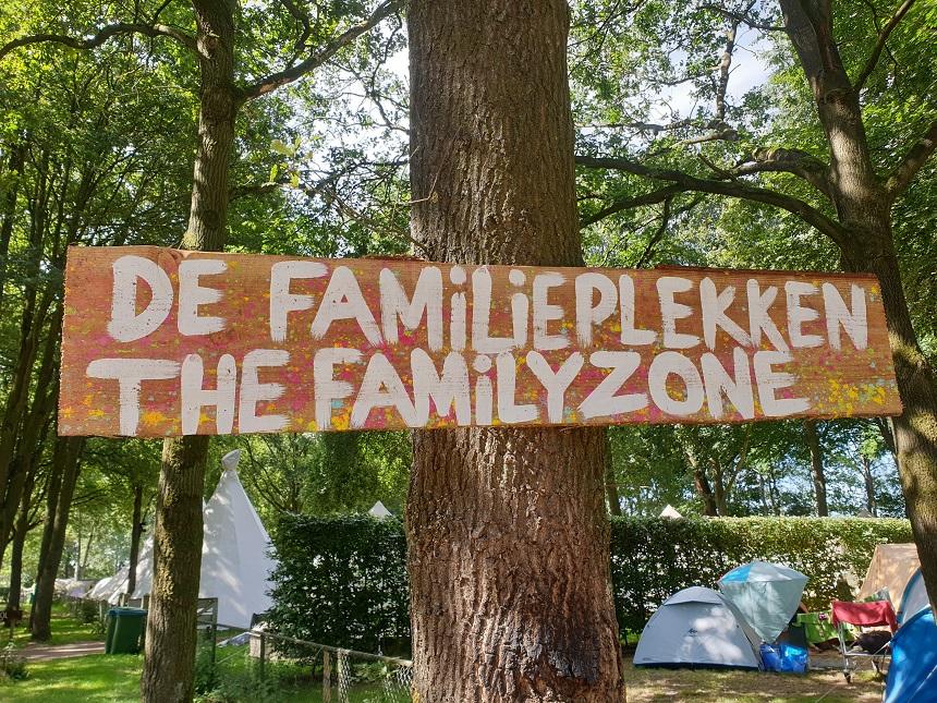 De Familieplekken op de Tijdloos camping