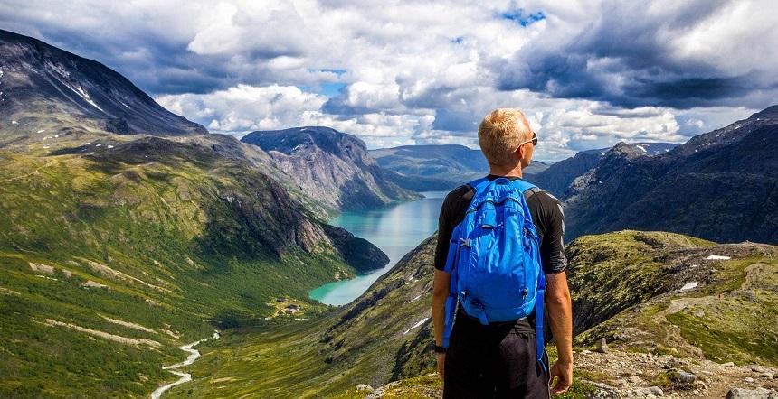 nazomer fjordengebied van Noorwegen