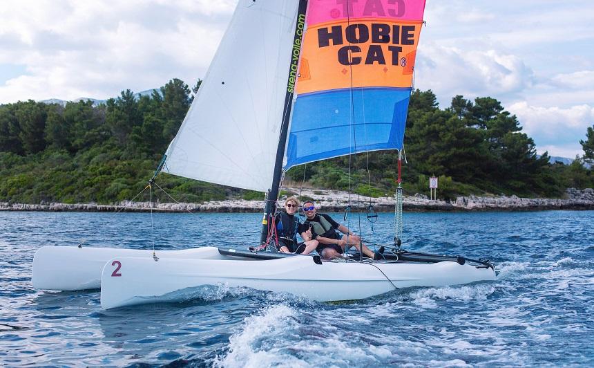 catamaran zeilen kroatie