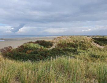 De verlaten stranden van de Kwade Hoek