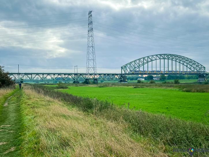 Klompenpad Rosandepad - Spoorbrug Oosterbeek over de Nederrijn bij Arnhem