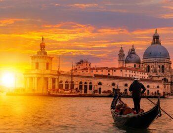 Vier jij de liefde in Venetië of tussen de pinguïns?