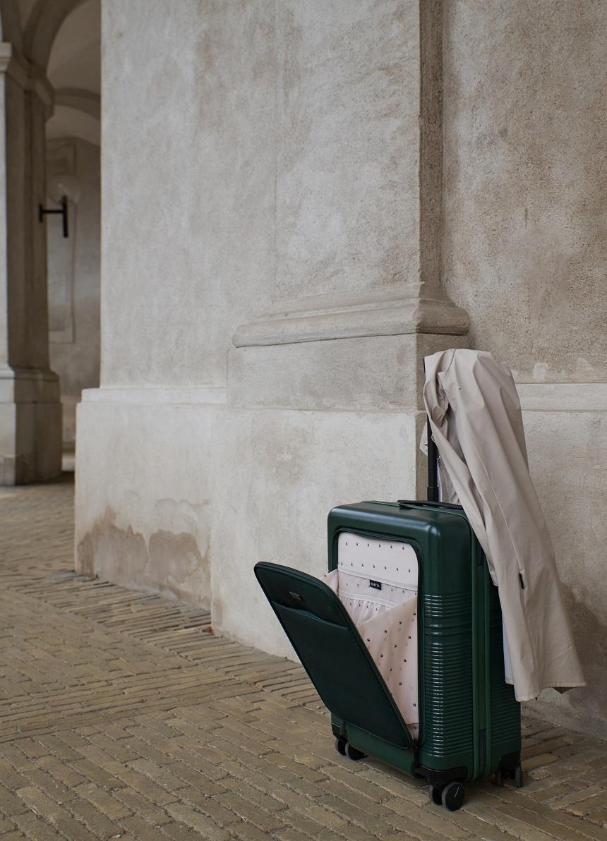 handbagage koffer met voorvak