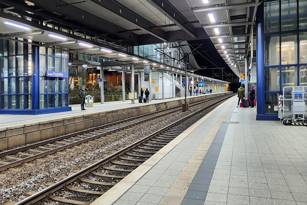 train Dusseldorf